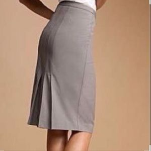 Gray pencil skirt with pleats